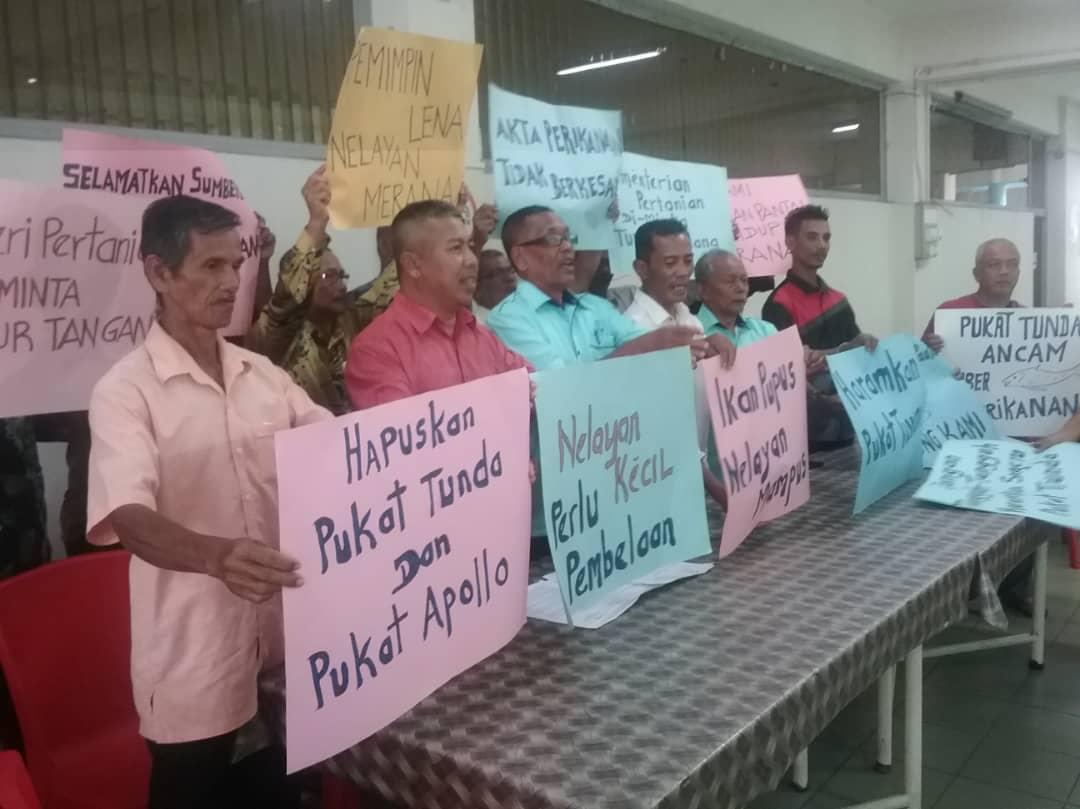 Nelayan-nelayan pantai menyatakan bantahan mereka | SAM