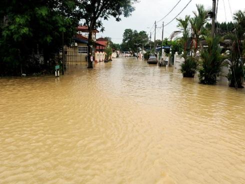 Floods in Machang Bubok | Courtesy of Bernama