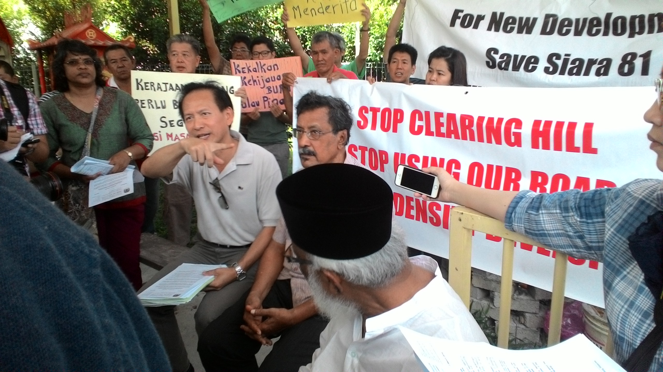 Stop high density project in Sg Ara, say the residents with SAM & CAP President S.M. Mohamed Idris and staff | SAM
